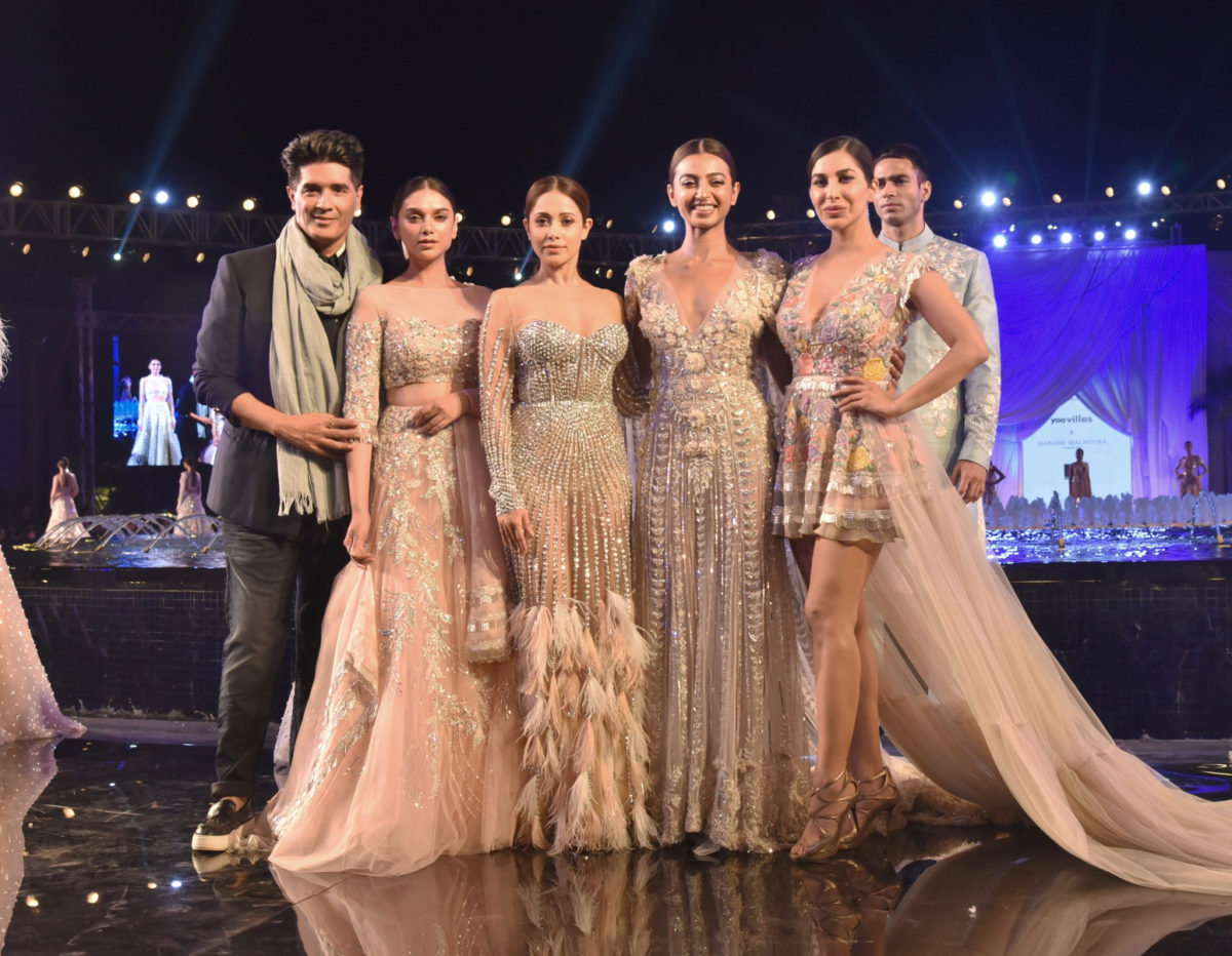 To acquire Malhotra Manish elegant luxe collection pictures trends