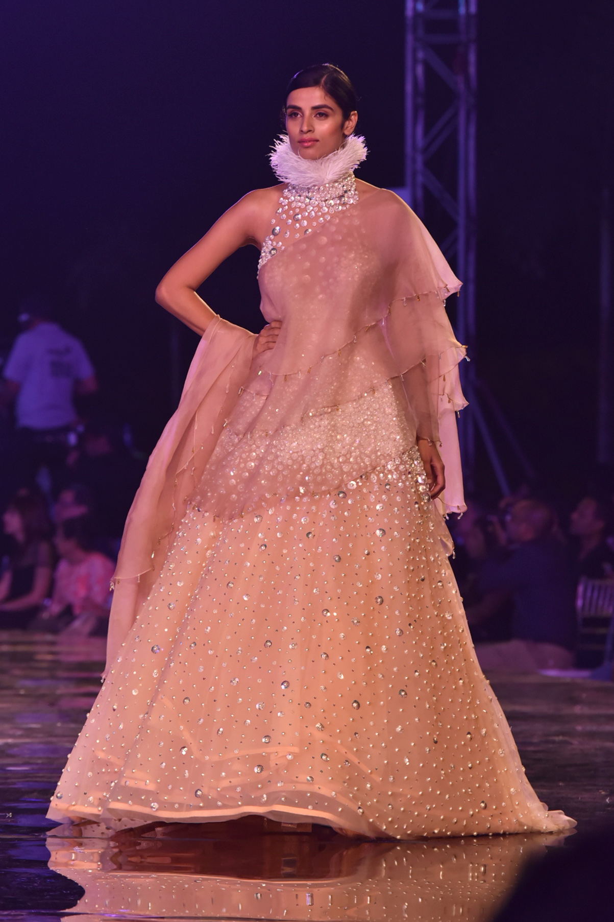MANISH MALHOTRA UNVEILS SUMMER COUTURE 2018 AT A SPECIAL SHOWCASE ...